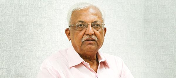 Dr.Surendra Kapoor AstroRoot best astrologer